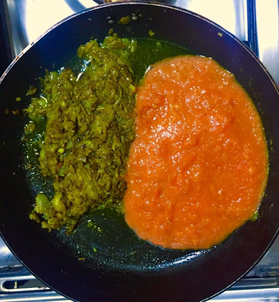Add tomato puree.