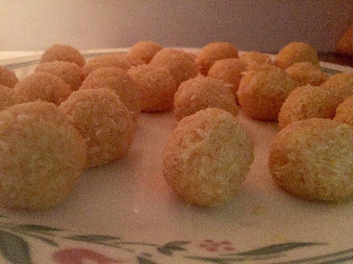 Freeze coconut balls.