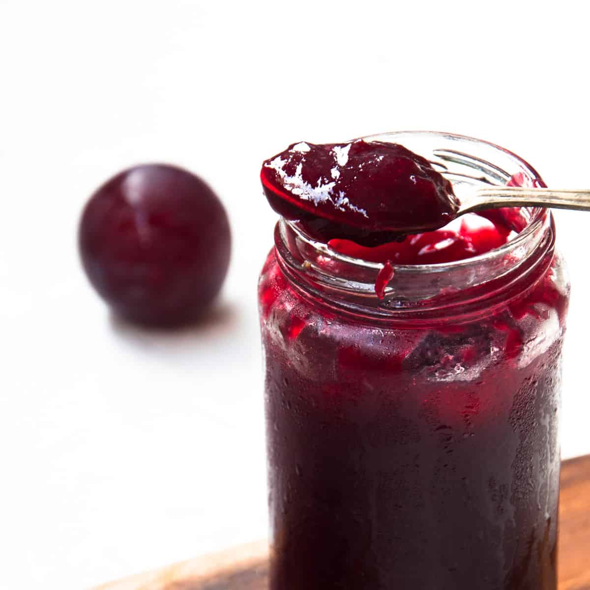 Plum jam recipe with fresh plums
