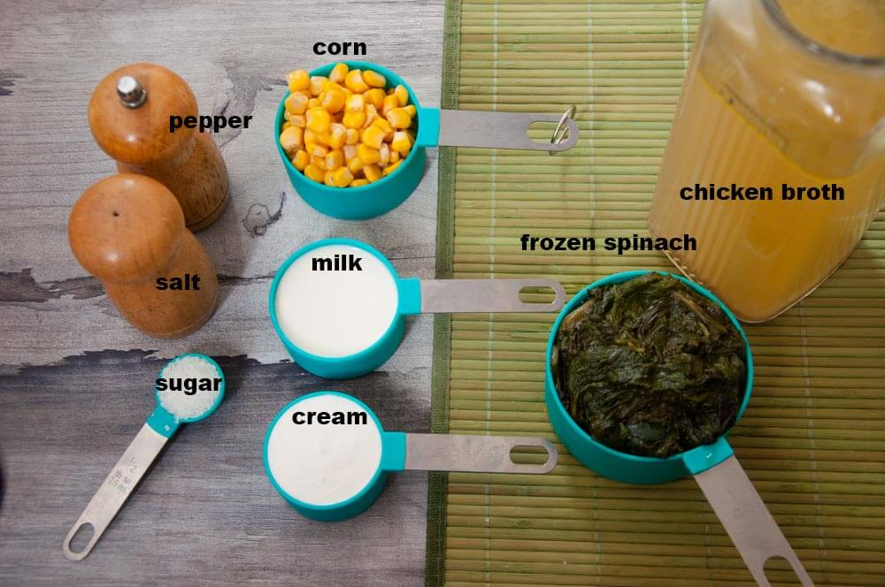 ingredients of spinach soup.